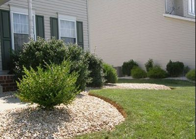 Stone Installation with Mulch Masters Ex 5